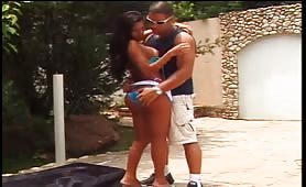 Shemale Shagging Time Outdoors!