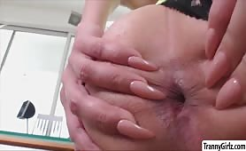 Tgirl Kylie gets her tight ass destroyed